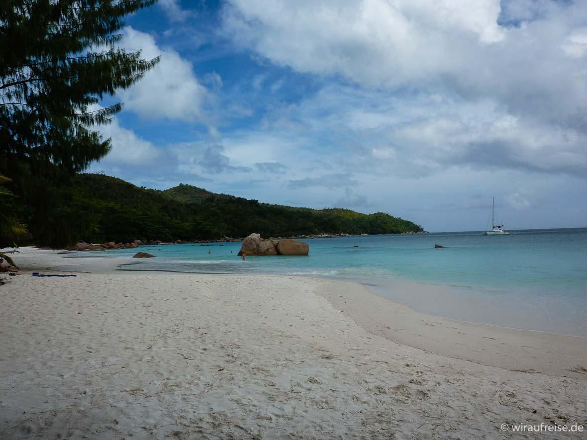 Seychellen Urlaub auf Praslin, dem Paradies auf Erden. Mehr Informationen unter www.wiraufreise.de