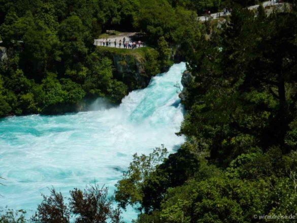 Tosende und brachiale Huka-Falls Neuseeland