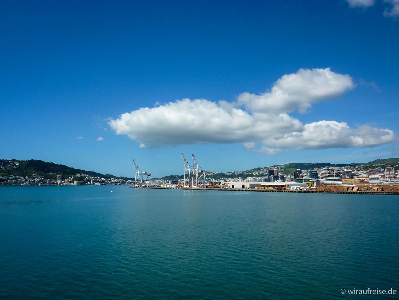Wellington Hafen vom Wasser aus. Weitere Informationen unter www.wiraufreise.de