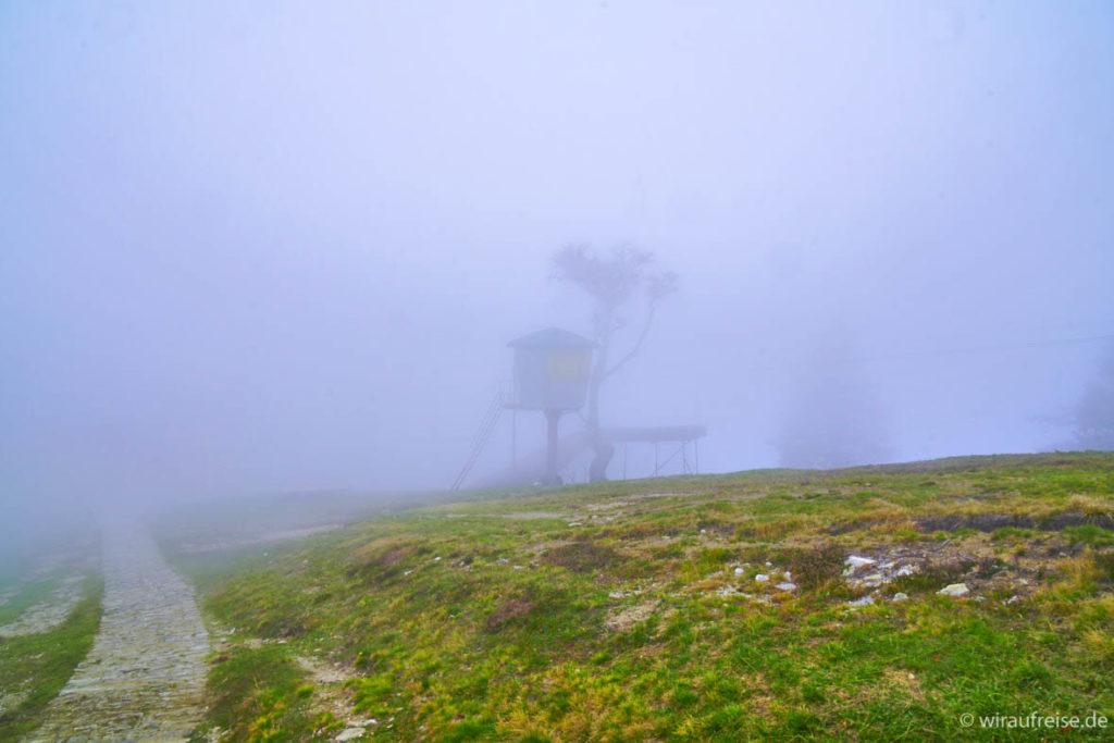 Bergstation Cimetta in Nebel gehüllt kein Ausblick