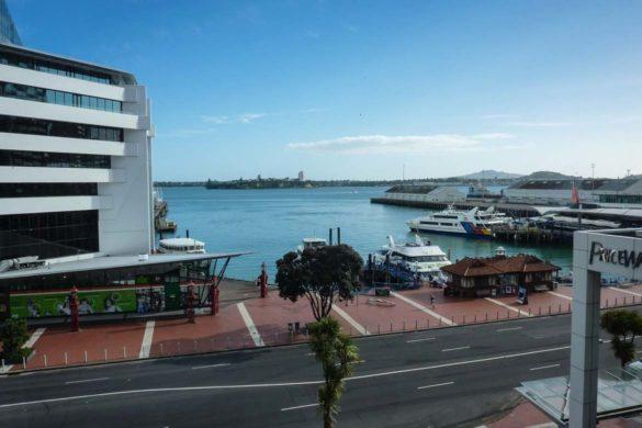 Ausblick aus dem Hotelzimmer - Copthorne Harbour City Hotel Auckland. Zu sehen ist der Hafen von Auckland neuseeland nordinsel