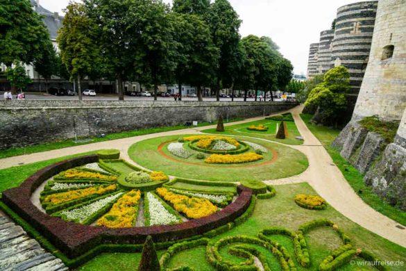 Gartenanlage im Burggraben des Château d'Angers