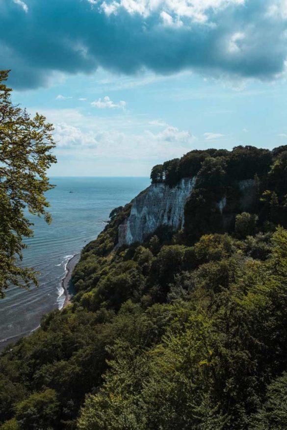 Die Victoriasicht im Nationalpark Jasmund. Fotografiert von der Aussichtsplattform Königsstuhl..