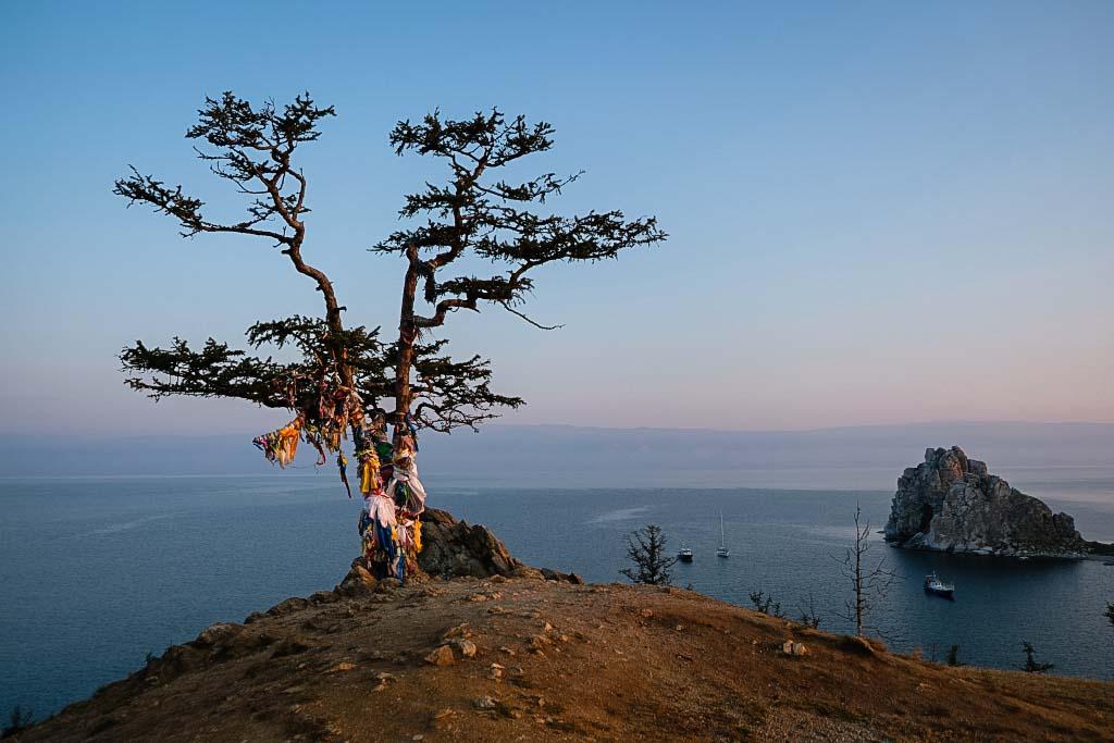 Der Schamanenhügel auf der Insel Olchon